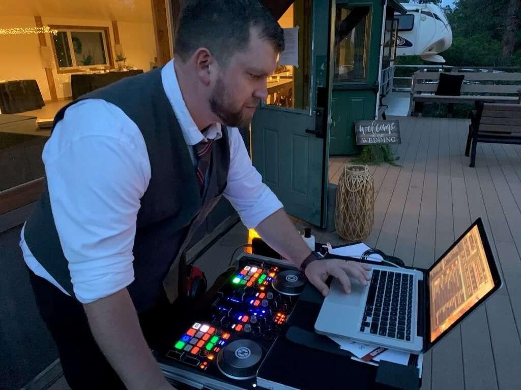 DJ Beardly